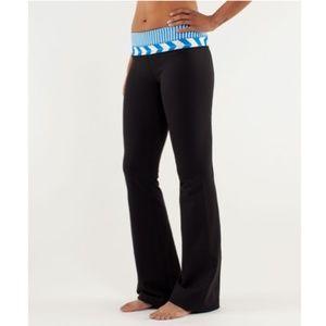 Lululemon Groove Slim Regular Reversible Pant - 4